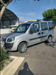 Fiat Doblo essence 1.8 Flex