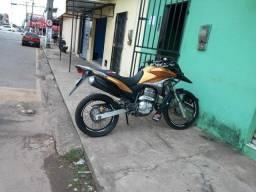Vendo moto Honda XRE 300 2011 único dono.