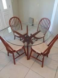 Mesa de jantar Tok & Stok com 4 cadeiras