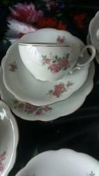 Xícara chá porcelana antiga Renner