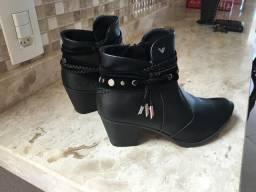 Lindo par de botas