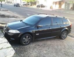Vendo ou troco em carro menor - 2010