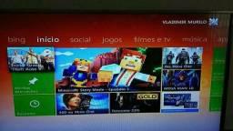 Xbox 360 slim com 2 controles