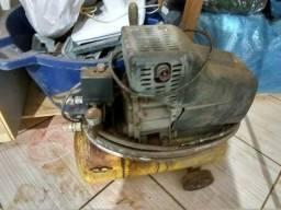 Compressor 24 L 400 reais