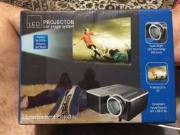 Mini Projetor de LCD Imagem Sistem 320x240 48 Lumes