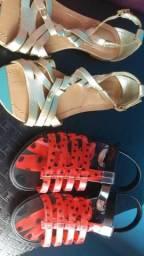 Vendo duas sandália infantil
