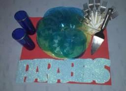 Vendo kit festa tudo novo pratos garfos copos espatula e parabens completo nome