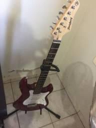 Guitarra Strinberg com afinador ?
