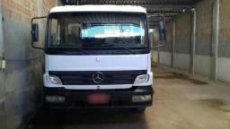 Caminhão M.Benz/Atego 1315 / 2005-2006 - 2005