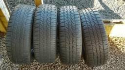 Jogo de pneus 215/65 r15