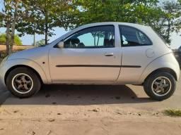 Ford Ka com ar - 2005