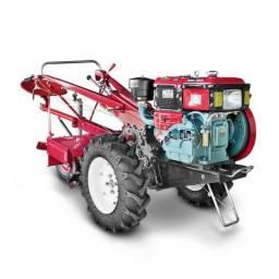 Trator Agrícola 12,5 HP a Diesel Toyama com Enxada Rotativa de 73cm