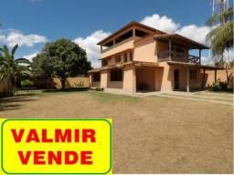 Casa duplex c/ 4 quartos, terraço, terreno 720m², parte alta com vista e a 500 m da praia