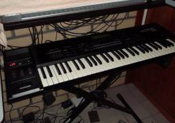 Sintetizador Workstation Roland XP 60