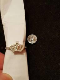 Anel e pingente de ouro e diamante