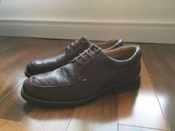 Sapato Mr. Cat em couro marrom pouquíssimo uso