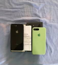 (iPhone 8 Plus 256 gb só não pode atualizar nem formatar)