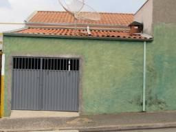 Casa para aluguel, 2 quartos, 2 vagas, Parque Gramado - Americana/SP