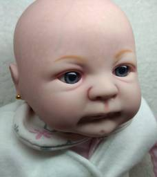 Boneca Bebê Reborn Layla Pintada a mão + Acessórios