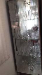 Vendo cristaleira nova com Led