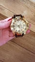 Relógio Invicta Reserve 18k