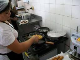 Vaga de Emprego Fritadeira/ Salário 1.500,00
