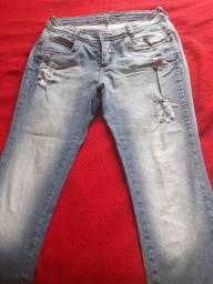 Calça jeans número 42