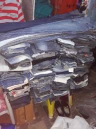 Calças jeans feminina .