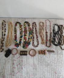 Kit colares e pulseiras