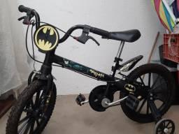 Bicicleta Batman infantil