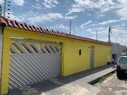 Casa No Colina Do Aleixo com 04 Quartos Sendo 01 Suíte