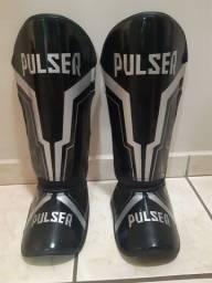Caneleira Muay Thai Pulser