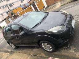Vendo Ford Fiesta Hatch 1.6 2011/12