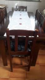 Mesa 6 cadeiras pouco tempo de uso