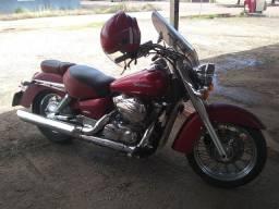 Moto Shadow
