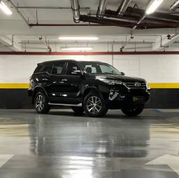Hilux SW4 2.8 SRX 4x4 Diesel 5L 2017