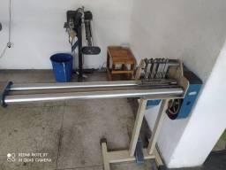 Máquina de corta viés