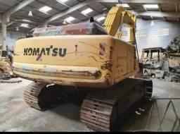 Escavadeira Komatsu Pc200 2004