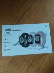 Vendo ou troco Smartwatch k90 novo na caixa