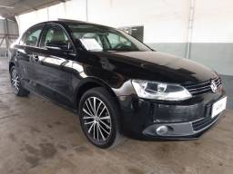 VW Jetta Highline 2.0 TSI 211CV