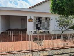 Casa em Pirassununga/SP 2 dormts + edídcula