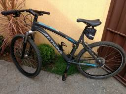 Bicicleta Mountain Bike Btwin aro 26, modelo rockrider 340 usada