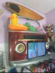 Painel de tv de frente de Kombi com tv