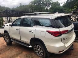 Sucata Toyota Hilux Sw4 SRX 2017 2.8 4X4 Automatica Venda de Peças