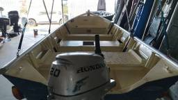 Barco completo muito novo pra mar