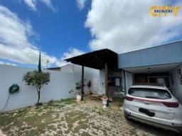 Casa Térrea no bairro Santa Cruz 2