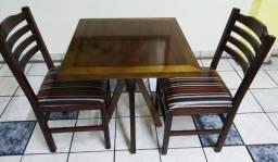 Mesa com 2 Cadeiras DellaBruna