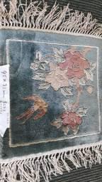 Tapete Chines de seda antigo com franjas raro R$90