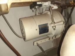 Máquina de costura Reta Model 430/2