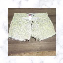Short Jeans de Oncinha tamanho 38.
